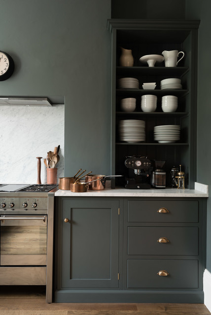 Example of a transitional kitchen design in London