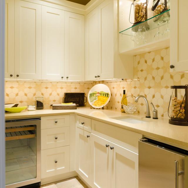 The Calistoga - 2012 Portland Street of Dreams traditional-kitchen