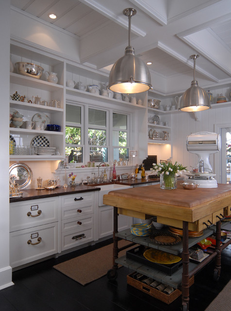 The Charming White Cottage Down By The Sea Naples Florida