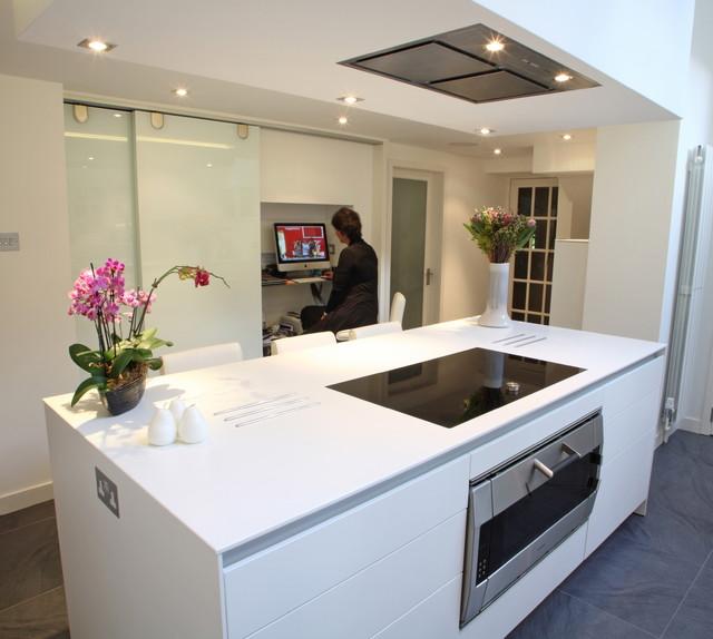 Mini Modern Kitchen Miele Gaggenau: The Clean Lines Of Bulthaup B3 In A New Forest Home