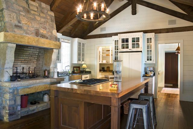 The Cliffs Vineyards rustic-kitchen