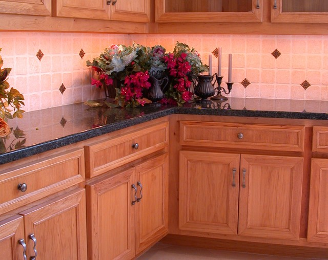 The counter revolution (actually it's a countertop revolution)! traditional-kitchen