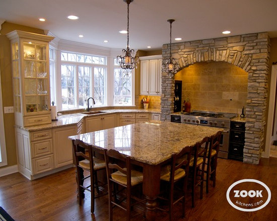 Expansive Traditional Kitchen Design Photos with Distressed Cabinets