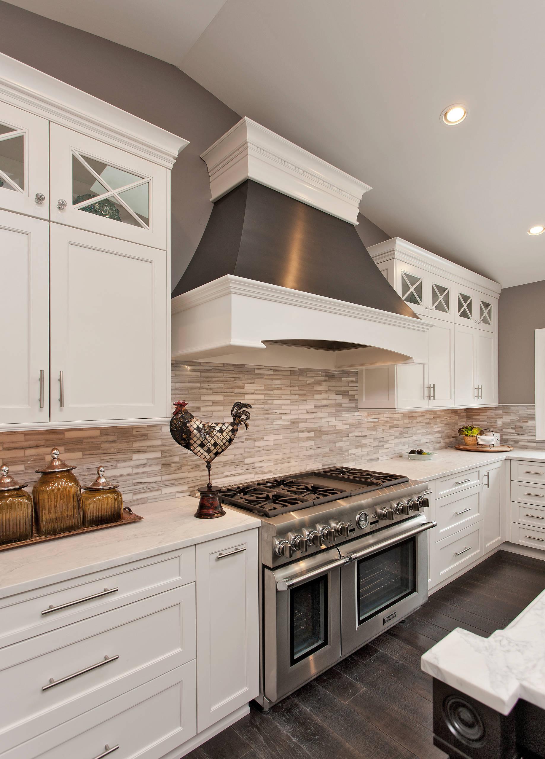 75 Beautiful Kitchen With Stone Tile Backsplash Pictures Ideas January 2021 Houzz