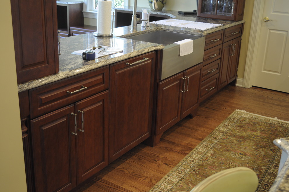 The Elegant Traditional Kitchen Huntington By