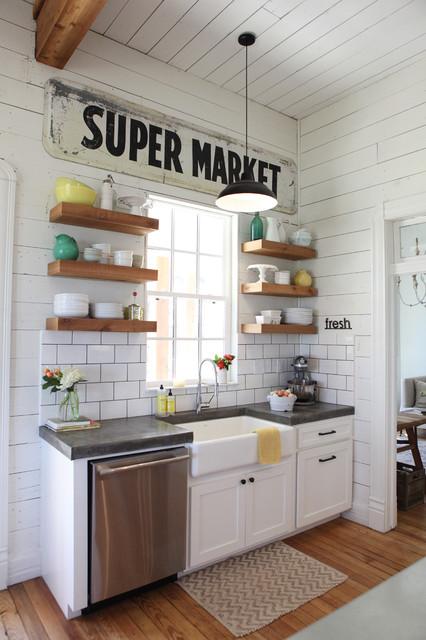 The Farmhouse Farmhouse Kitchen Austin By Magnolia Homes