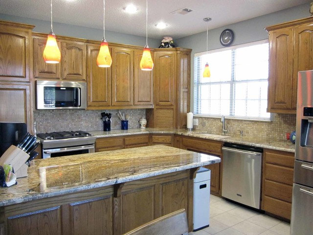 The Floor Barn flooring and remodeling projects traditional-kitchen