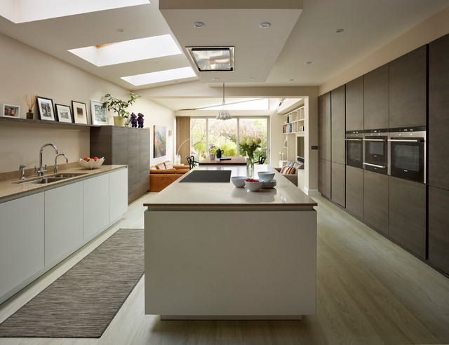 A Modern Kichen In Wichester Contemporary Kitchen