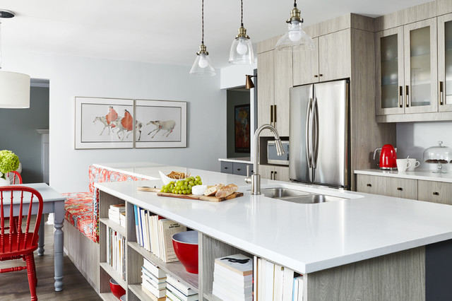The Girl With the Dragon Print Transitional Kitchen Toronto – Kitchen Square Footage