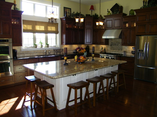 The Hirth Hill, Custom Built by Castlestone Homes traditional-kitchen