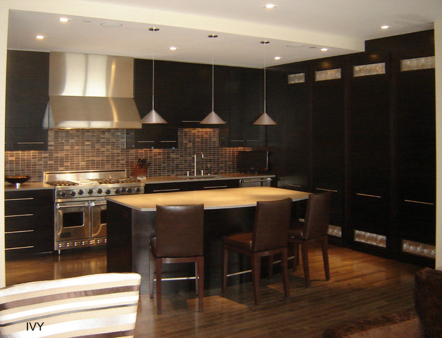 The ivy condo unit with william beson design kitchen - Kitchen built in cupboards designs ...