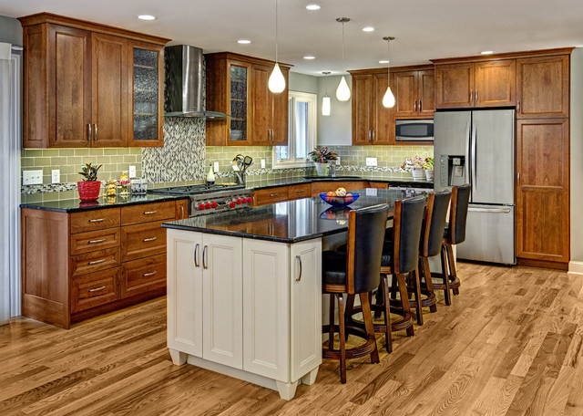 building traditional kitchen cabinets the many kitchens of boyer building traditional 4984