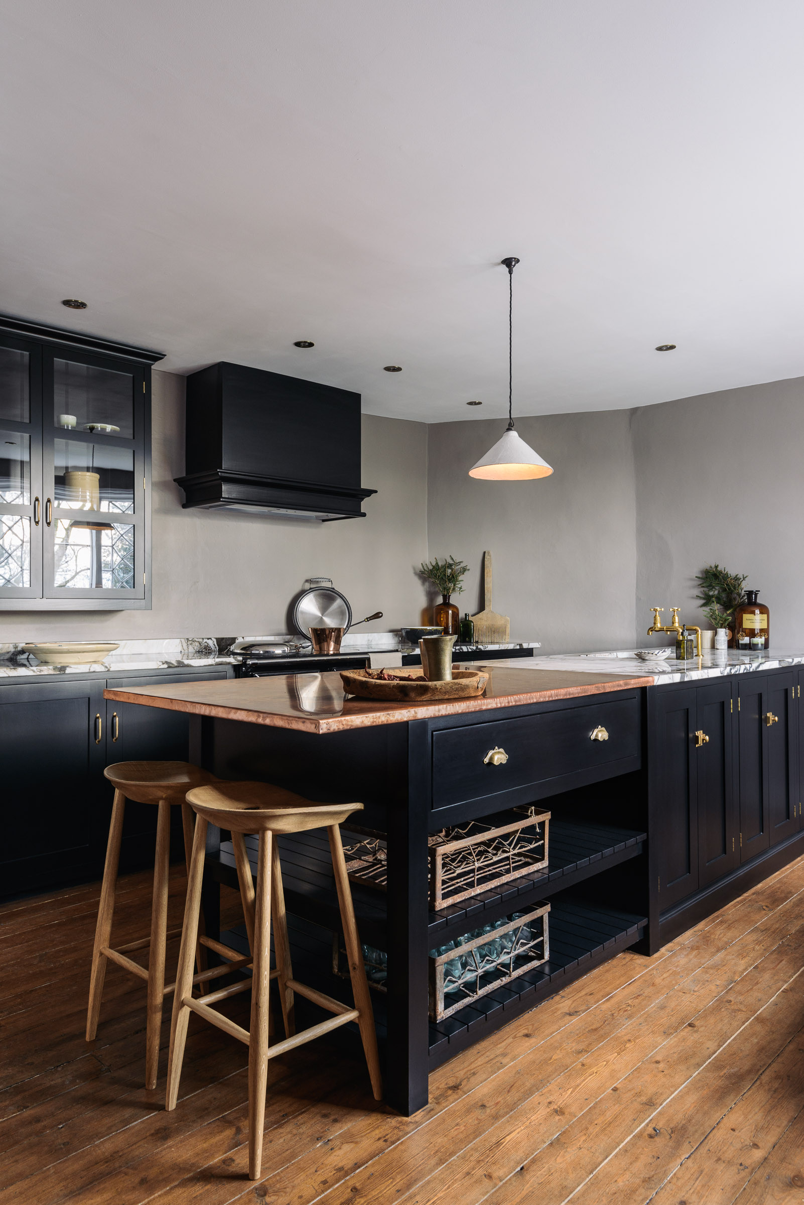 75 Beautiful Kitchen With Black Cabinets And Copper Countertops Pictures Ideas July 2021 Houzz
