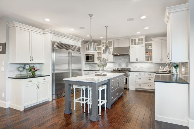 The Nantucket Show Home - Traditional - Kitchen - vancouver - by Axiom Luxury Homes