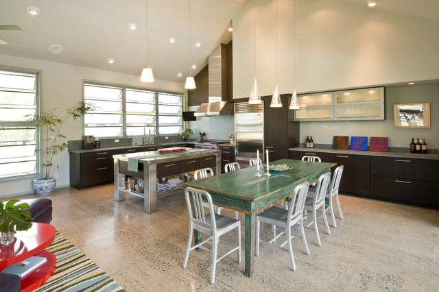 The Neoteric Classic tropical-kitchen