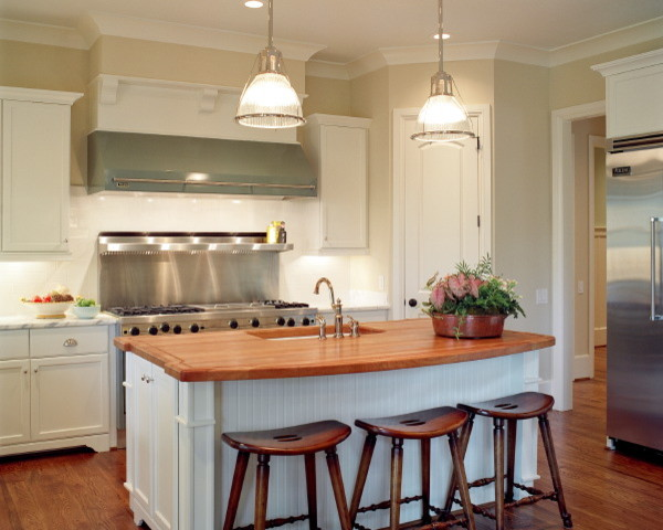 The Noles traditional-kitchen