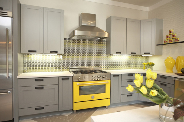 Inspiration for a contemporary kitchen remodel in Dallas with shaker cabinets, gray cabinets, multicolored backsplash and colored appliances