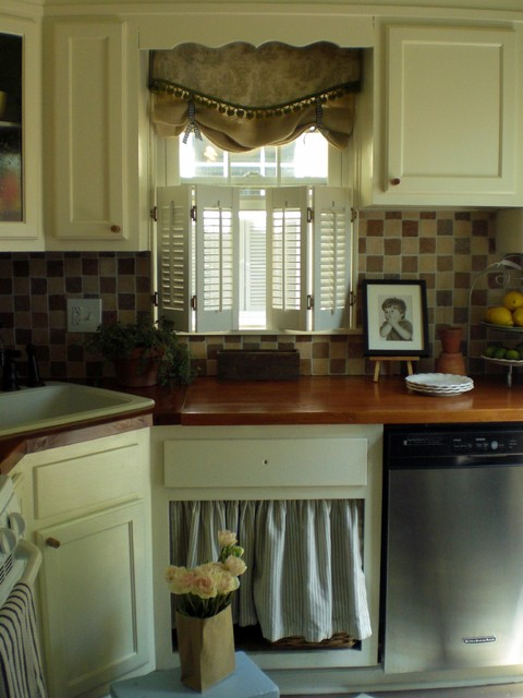 The Painted Home ~ Kitchen traditional kitchen