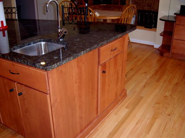 The Shakin Kitchen traditional-kitchen