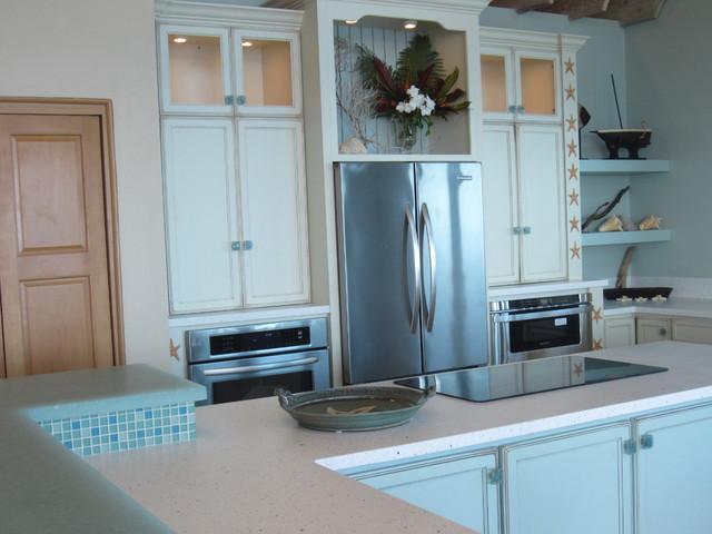 The Starfish Home Long Island, Bahamas traditional-kitchen