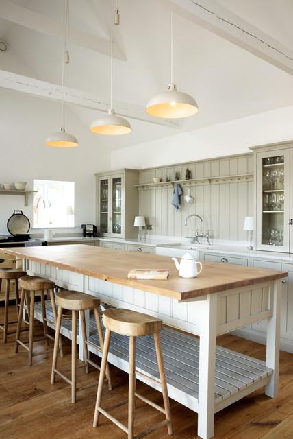 The Warwickshire Barn Shaker Kitchen By DeVOL Farmhouse Kitchen
