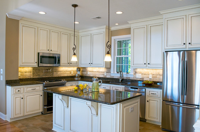 The Whitcomb - Plan #1218-D traditional-kitchen