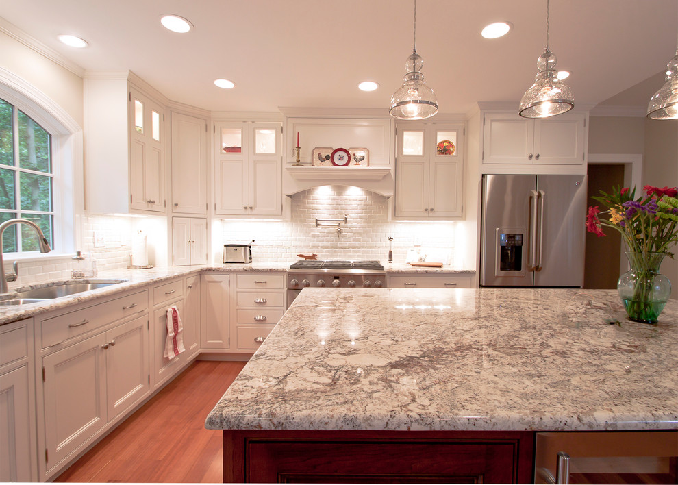 Kitchen - contemporary kitchen idea in DC Metro