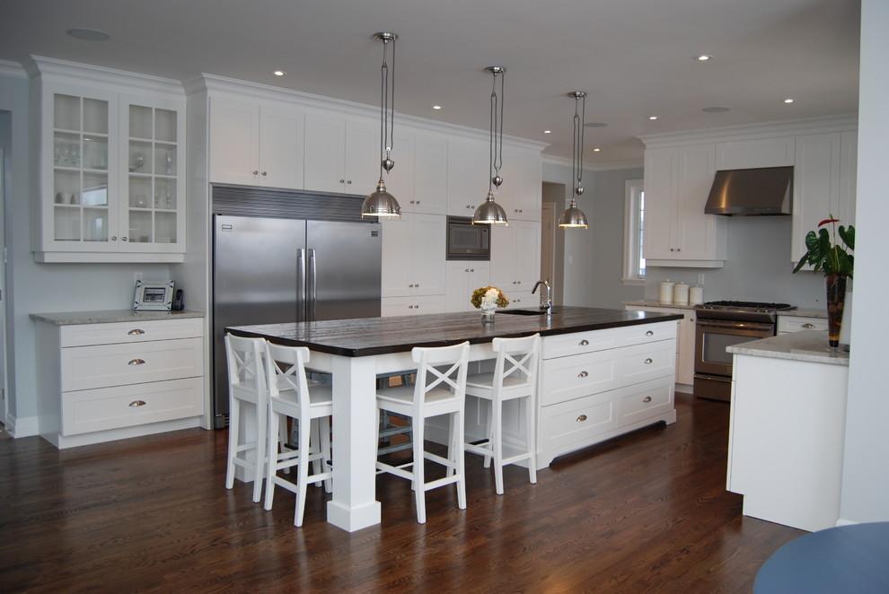Thompson - Craftsman - Kitchen - Ottawa - by Canadian Woodwork