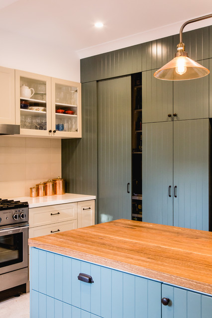 ... - Country - Kitchen - canberra - queanbeyan - by YOLK on the inside