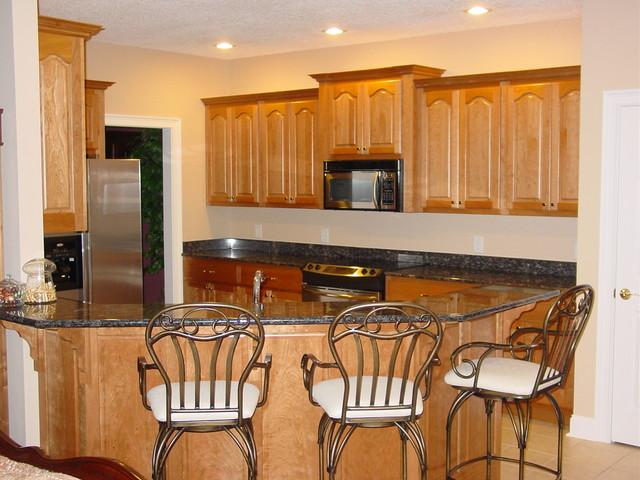 Thunder Ridge Job traditional-kitchen