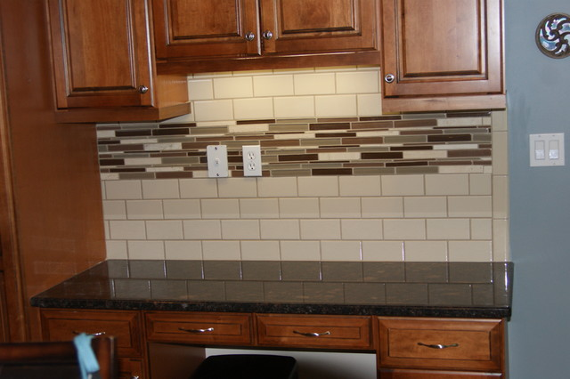 Elegant Faux Tile Painted Backsplash ...