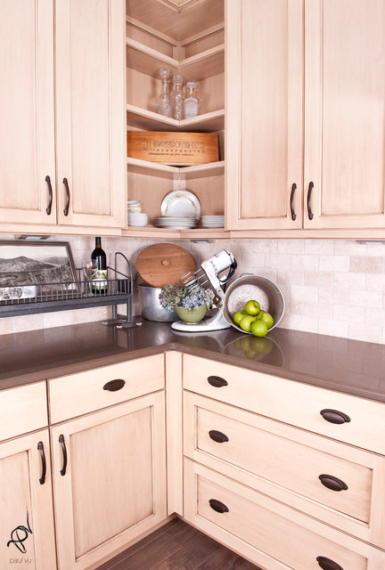 Timber Creek Show Home traditional-kitchen