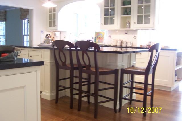 timeless kitchen traditional-kitchen
