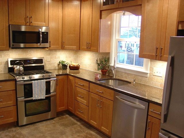 Timonium l shaped kitchen traditional kitchen for Best kitchen cabinet layout