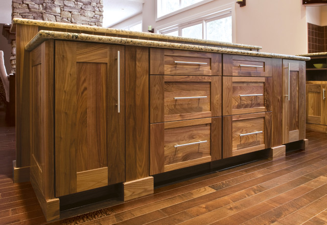 New Today's Arts & Crafts - Craftsman - Kitchen - Seattle - by  WR66