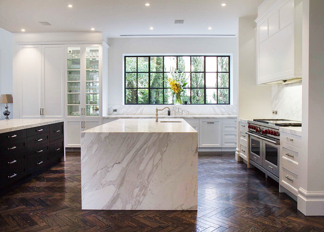 Toorak kitchen traditional kitchen sydney by the for Kitchen companies sydney