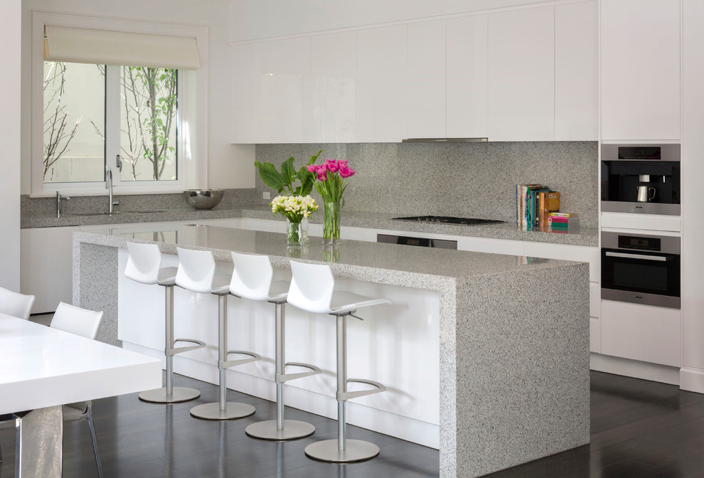Inspiration for a contemporary kitchen remodel in Melbourne with stainless steel appliances