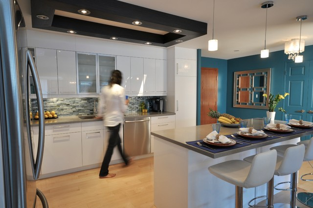 Toronto downtown condo contemporary kitchen other for Interior designs by rhonda