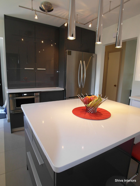 Touch of Red - Kitchen contemporary-kitchen