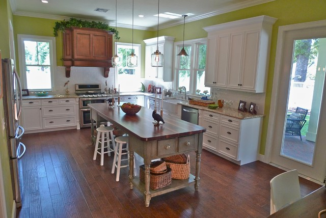 Town of Tioga - Sweetwater Model traditional-kitchen