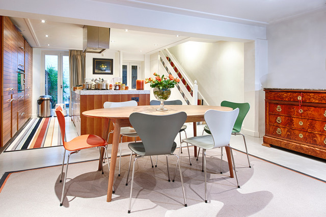 Townhouse central london traditional kitchen for Interior designers central london