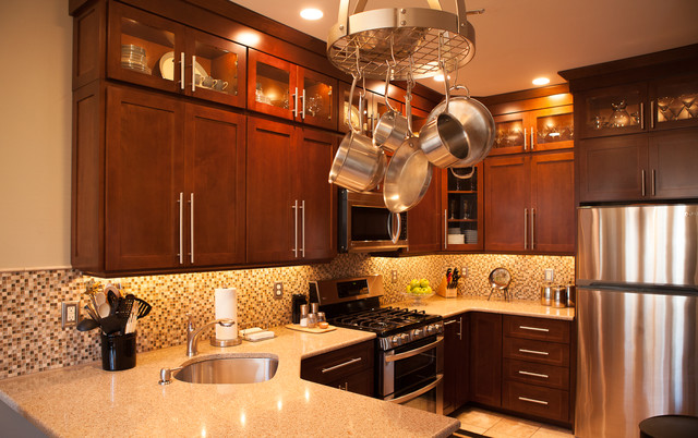 Townhouse kitchen remodel transitional kitchen new for Townhouse bathroom ideas