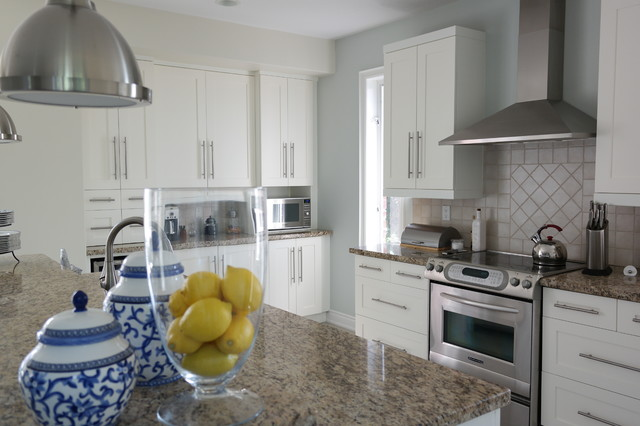 Townhouse Residence Barrie Premiere Paint Design Professionals Shabby Chic Style Kitchen