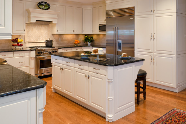 Traditional Kitchen Richmond By Custom Kitchens Inc