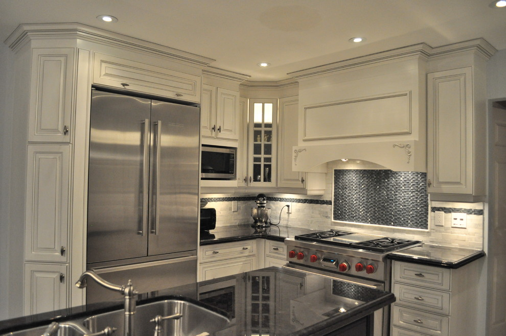 Traditional At Its Best Traditional Kitchen Toronto By Isabel Beattie K Cabinets Oakville