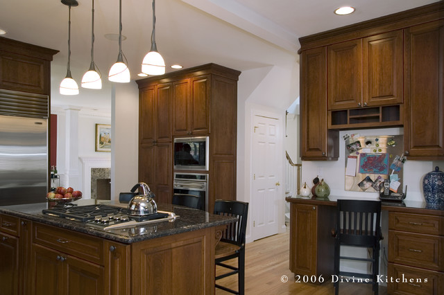 Traditional Cherry traditional-kitchen