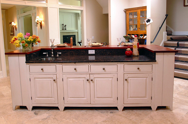 Traditional Cherry Kitchen Dayton Ohio Rustic Kitchen Cincinnati By The Workshops Of