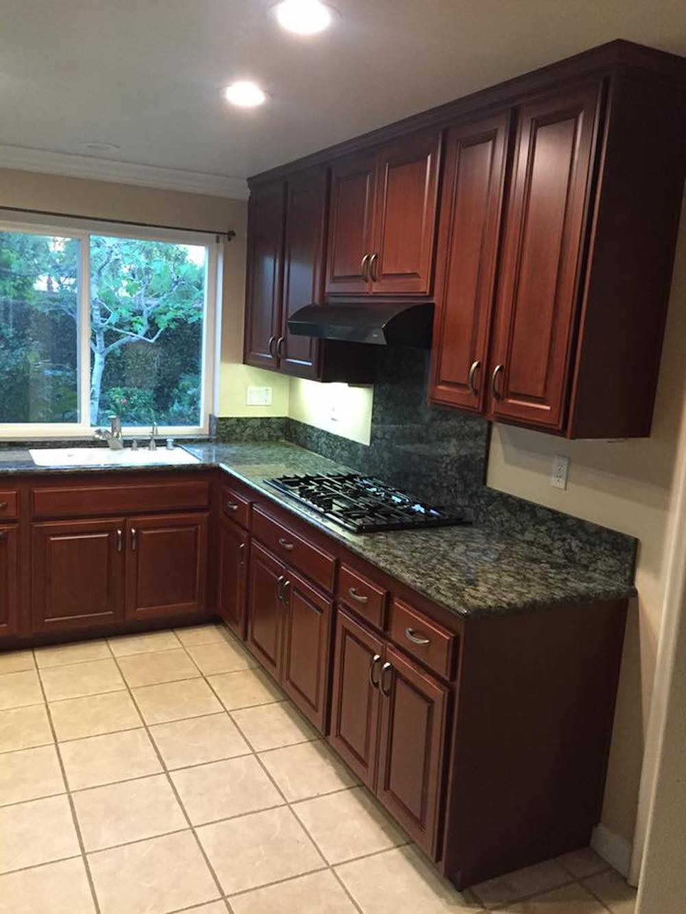 Traditional Cherry Wood Cabinets