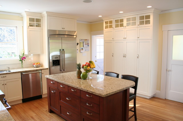 Traditional Classic Kitchen traditional-kitchen