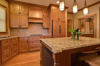 Traditional Cozy Kitchen In 100 Year Old Home Roseville